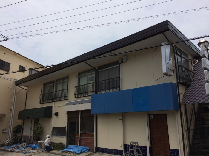 大阪府岸和田市 I様 喫茶店舗・貸店舗棟 外壁塗装・屋根塗装 (4)