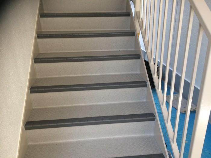 大阪府堺市 Wマンション 外壁塗装・付帯部塗装・廊下、階段 長尺シート貼り (3)